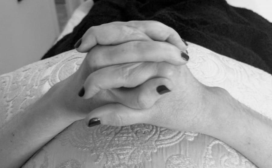 manos-dolor-anna-colom-2